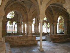 L'abbaye de Fontfroide est une abbaye cistercienne située dans la commune de Narbonne dans le département de l'Aude en France. Initialement abbaye bénédictine, elle est intégrée à l'ordre cistercien entre 1144 et 1145