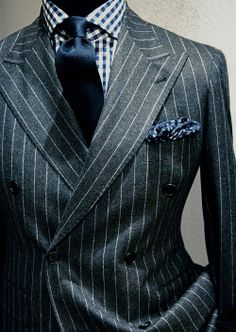 gentleman style double breasted This is a fabulous look! Suit Fashion, Look Fashion, Mens Fashion, Fashion Menswear, Classic Fashion, Gentleman Mode, Gentleman Style, Sharp Dressed Man, Well Dressed Men
