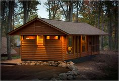 ESCAPE tiny house is an environmentally friendly small cottage inspired by the tiny house movement. It was designed by SALA Architects and is built like a cottage. Tiny Log Cabins, Tiny House Cabin, Cabins And Cottages, Tiny House Living, Tiny House On Wheels, Cozy House, Small Cabins, Eco Cabin, Timber Cabin