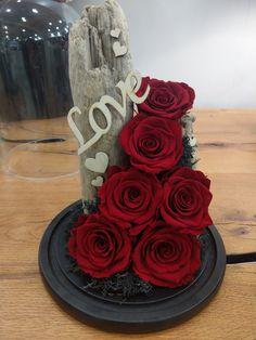 Παντοτινά τριαντάφυλλα Forever Rose, Roses, Cake, Desserts, Food, Tailgate Desserts, Deserts, Pink, Rose