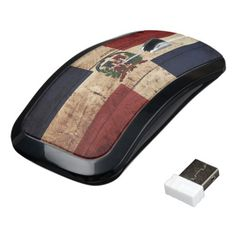 Dominican Republic Flag on Old Wood Grain Wireless Mouse