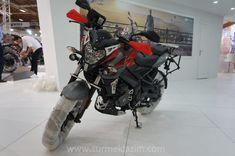 Accessorised Bajaj Pulsar NS 200 showcased at Motobike Istanbul 2018 Bajaj Auto, Ns 200, Motorcycle Wallpaper, Honda, Motorbikes, Istanbul, Automobile, Cycling, Take That