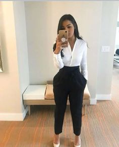 Style Freax Ready to present at my first New England conference🌹🇭🇳 Stylish Work Outfits, Business Casual Outfits, Classy Outfits, Chic Outfits, Fashion Outfits, Office Outfits Women, Stylish Eve, Work Casual, Fashion Tips