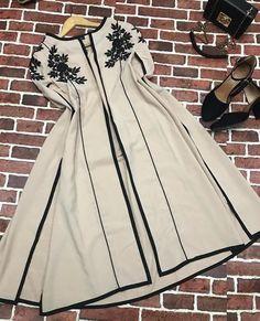 Fancy Dress Design, Stylish Dress Designs, Dress Neck Designs, Designs For Dresses, Stylish Dresses For Girls, Simple Dresses, Casual Dresses, Simple Pakistani Dresses, Pakistani Dress Design
