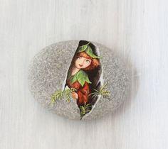 Dies ist ein schönen Stein poliert am Mittelmeer, Ich fand es am Strand von Marina di Carrara, Italien. Carrara ist eine Stadt aus weißem Marmor von Michelangelo für seine herrlichen Skulpturen verwendet Es wäre ein wenig anders als auf dem Bild sehen Sie ein Beispiel. Jedes Stück ist unique.* ** Dieser Kies wurde liebevoll handgemalt mit Fine Art Qualität Acryl. Original-Design! eine von einer Art! Meine Kieselsteine sind fertig mit Mat-Schutz und sind Fade und Feuchtigkeit resistent, Tau