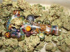 Pretty bowl. Wish weed wasn't in the picture.