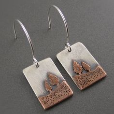 I would seriously wear these every day. Coniferous Landscape Earrings - Sterling and Copper by Beth Millner Mixed Metal Jewelry, Metal Clay Jewelry, Copper Jewelry, Wire Jewelry, Jewelry Art, Jewelry Design, Jewelry Ideas, Sterling Jewelry, Simple Jewelry