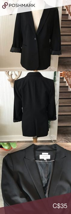 """Calvin Klein Blazer ❤️ Nice blazer that looks great with sleeves rolled a little. Satiny lining. Light shoulder padding.  Size: 10 Pit to pit when buttoned 19 1/2"""" Shoulder to hem 27"""" Sleeve length 24 1/2"""" Brand: Calvin Klein Condition: Excellent pre owned Calvin Klein Jackets & Coats Blazers Best Blazer, Plus Fashion, Fashion Tips, Fashion Trends, Calvin Klein Black, Colored Blazer, Looks Great, Blazers, Jackets For Women"""