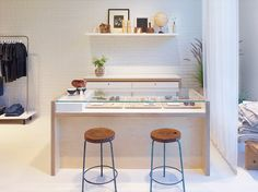 Exclusive: Inside the Stunning New Elizabeth and James Store in L.A.   MyDomaine