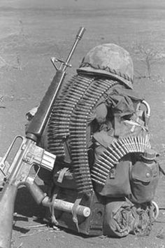 soldierbackpacknam/everybody carried the M60 belts