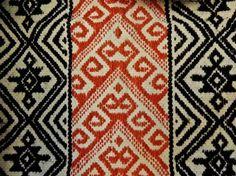 llalín kushe, la araña tejedora del pueblo Mapuche – Arqueologia, Historia Antigua y Medieval - Terrae Antiqvae Textiles, Ethnic Print, South America, Print Patterns, Bohemian Rug, Native American, Weaving, Cross Stitch, Tapestry