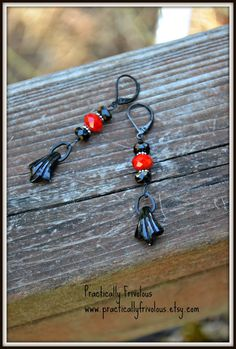 Gothic Romance Earrings black and red by practicallyfrivolous, $24.00