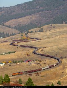 RailPictures.Net Photo: BNSF Railway GE ES44AC at Nagos, Montana by Sean Kelly