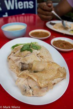 Khao Man Gai Recipe (Thai chicken rice) - The ultimate street food recipe (วิธีทำข้าวมันไก่) - http://www.eatingthaifood.com/2014/08/chicken-rice-khao-man-gai-recipe/