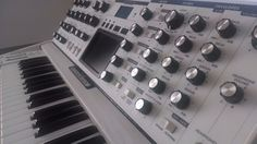 MATRIXSYNTH: Moog Voyager Lunar White Edition Synthesizer