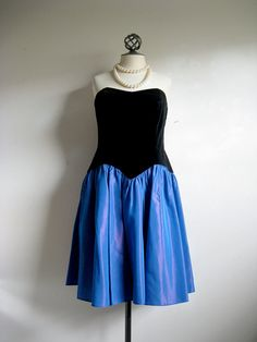 Hey, I found this really awesome Etsy listing at https://www.etsy.com/listing/118180757/laura-ashley-vintage-1980s-dress-velvet