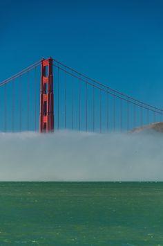 Golden Gate Bridge - San Francisco - California - USA (by Mark Fischer)
