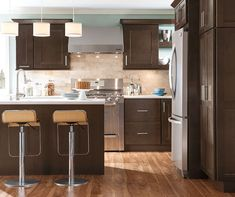 """Nelson's design-forward take on a classic shaker styling gives you that extra """"wow"""" factor in any room of the home. Also available in a 5-piece drawer front for that added detail."""