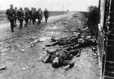 Bilder des Todes - Englische Gefallene am Ausgang des Dorfes Moreuil