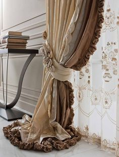 Home Decor 6041973201 Brilliant tips to organize a pleasant elegant home decor luxury Stunning home decor note pinned on this wonderful d… in 2019 Curtains And Draperies, Luxury Curtains, Home Curtains, Window Drapes, Window Coverings, Window Treatments, Neutral Curtains, Valances, Curtain Styles