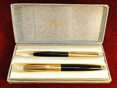 59) Boxed vintage Parker 61 Fountain pen with 14ct gold nib and matching mechanical pencil Est. £40-£60