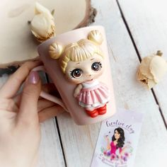 Image may contain: 2 people Polymer Clay People, Polymer Clay Figures, Polymer Clay Dolls, Polymer Clay Charms, Polymer Clay Creations, Cute Mug, Clay Cup, Rainbow Crafts, Lol Dolls