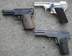 32 Pocket Pistols, 1900-1914: Austrian Steyr-Pieper M1908/34.  Mauser M1914. The FN M1900 , better known as Browning model 1900, the first Browning commercial success.