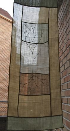 tree pojagi A fabric such as this for the window over the stairs. Patchwork, Thread Art, Needle And Thread, Fashion Fabric, Handmade Crafts, Creative Textiles, Textile Fiber Art, Fabric Art, Textile Design