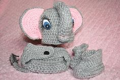 babies elephant hat diaper cover and matching booties by RoxysGems, $35.00
