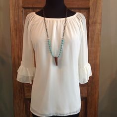 Lovely Day Top in Ivory