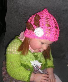 gorrito para niña en crochet www.modabledor.es
