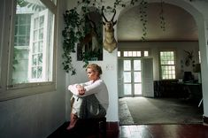 A look back at model-turned-actress Margaux Hemingway at her grandfather's house in Cuba