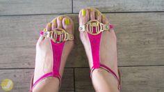Le Bunny Bleu thong sandals