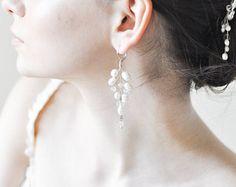 Freshwater Pearl Bridal Earrings, River Pearl earrings, Silver Pearl Earings, Silver Bridal Earrings, Wedding crystal earing, Floral earring