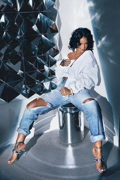 So Stoned: Rihanna for Manolo Blahnik, July 2017