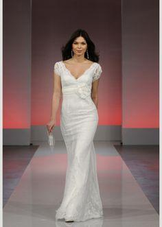 5ac27d3ae Cymbeline, Gala/Fado/Hidaya Size 10 Wedding Dress   Still White Paris  Wedding