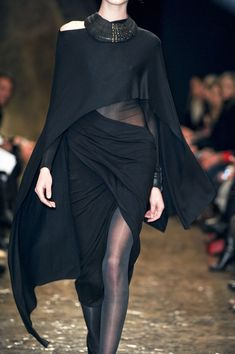 Donna Karan at New York Fashion Week Fall 2013 - Details Runway Photos
