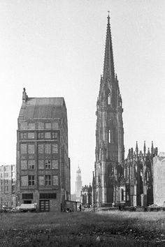 Hochformat - Hamburg Historisch - Galerie & Shop | michel und elbe | Galerie für Hamburg-Fotografie St. Nicolai