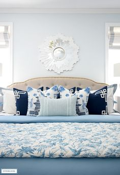 Beautiful spring bedding in layers of chinoiserie blue and white. Easter Decor, Easter Ideas, Bedroom Ideas, Bedroom Decor, Bed Springs, Custom Drapes, Chinoiserie Chic, Spring Home Decor, Duvet Sets