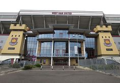 Boyelyn Ground in Upton Park.. let's blow bubbles with Andy Carroll