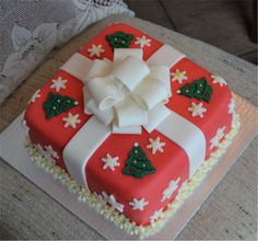 Christmas present cake Christmas Present Cake, Christmas Presents, Desserts, Food, Projects, Xmas Presents, Tailgate Desserts, Meal, Xmas Gifts