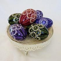 Cool Easter Eggs, Ukrainian Easter Eggs, Egg Crafts, Easter Crafts For Kids, Happy Easter Wishes, Brush Embroidery, Easter Egg Pattern, Easter Religious, Coloring Easter Eggs