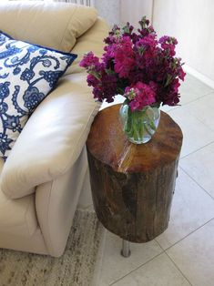 on the hunt for a tree stump to do this exact project. awesome.
