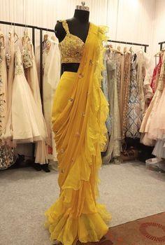 #saree #blouse #perniapopup saved by #pawankumarsingh