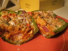 VERY LOW CAL and HIGH FIBER Chicken stuffed bell peppers!! SO GOOD!