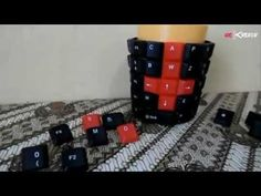 cara membuat cangkir menjadi unik dengan keyboard