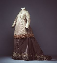 Maternity visiting costume, 1870-79 From the Powerhouse Museum.