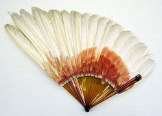 Feather Fan - American Or European - The Metropolitan Museum Of Art In theme way of tattooing a wing? Antique Fans, Vintage Fans, Hand Held Fan, Hand Fans, Chinese Fans, Umbrellas Parasols, Feather Art, Vintage Accessories, Fashion Accessories