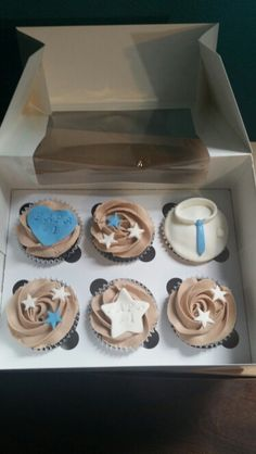 Father's day cupcakes 2015.  Cupcakes por el dia del padre!  Nutella frosting  and marshmallow fondant