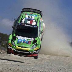 """Benito Guerra #WRC Driver  Rally Mexico (@rallymexico) en Instagram: """"#mexicanosalgritodeguerra Rally Mexico #EsteEsMiRally #PonteEnLaVerde"""""""